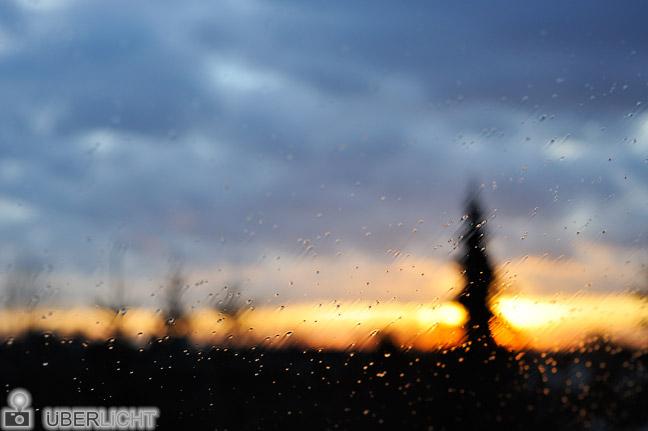 Nikon 50 1.8 Nikkor D700 Scheibe Regen Sonnenuntergang