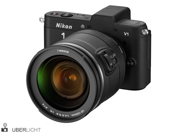 Nikon V1 mit NIKKOR VR 10-100 Power-Drive