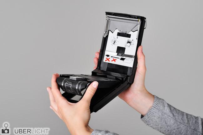 Polaroid Kassette Packfilm einlegen Fujifilm FP-100B Schritt 5