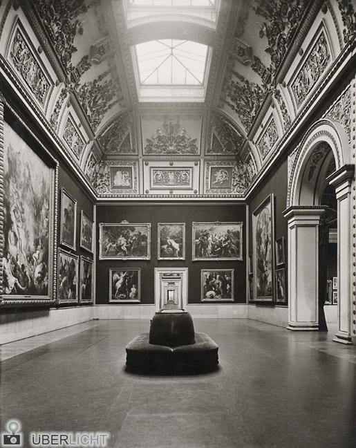 Die Alte Pinakothek in historischen Fotografien - Rubenssaal 1926