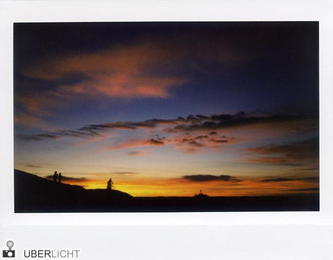 Fujifilm Instax 210 Abendhimmel am Muenchener Olympiaberg