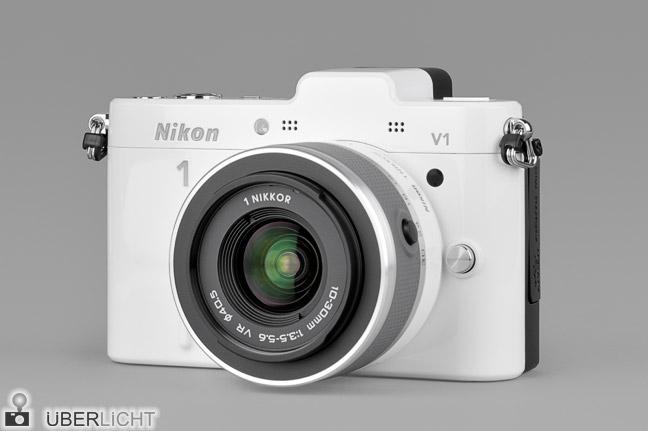 Nikon 1 V1 weiss Front Nikkor 10-30 VR Zoom Kit