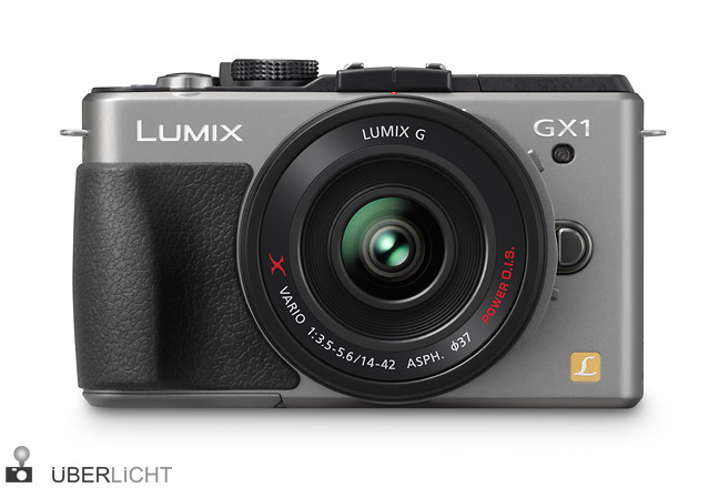 Panasonic Lumix GX1 Titan mit PowerZoom 14-42 frontal