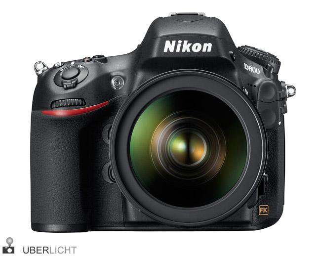 Nikon D800 mit AF-S 24-70 von vorne