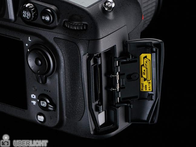 Nikon D800 Doppel-Slot für CF- und SD-Karten