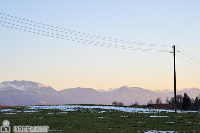 Walimex pro 85/1,4 Nikon D700 Wiese Alpenblick Daemmerung Beuerberg
