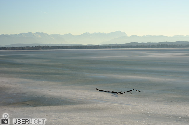 Walimex pro 85/1,4 Nikon D700 Eis auf dem Starnberger See Alpenblick