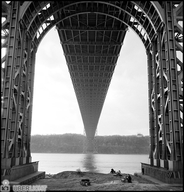 Erich Hartmann Magnum Photos New York Stories Amerika Haus USA NYC 1951 George Washington Bridge and vicinity
