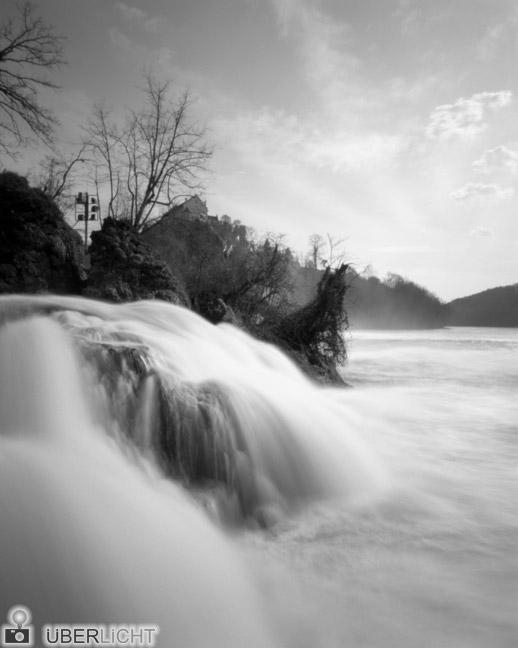 Harman Titan Lochkamera Camera Obscura Pinhole 4x5 Rheinfall Wasserfall