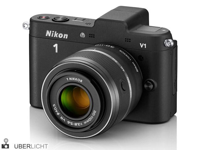Nikon 1 V1 mit 1 Nikkor VR 30-110 mm in schwarz Objektiv Kamera