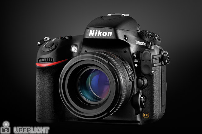 Nikon D800E frontal mit 50 mm 1:1,4 Test Review Produktfoto