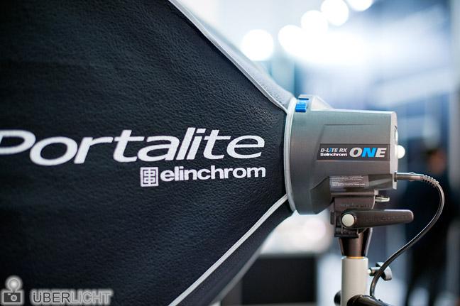 Elinchrom Portalite Softbox mit D-Lite RX ONE Kompaktblitz auf der Photokina