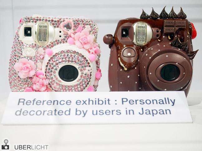 Photokina-Kuriositäten: Fujifilm instax mini 7 verziert und dekoriert