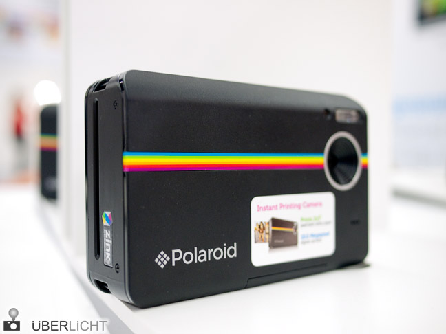 Polaroid Instant Digital Camera Z2300 in schwarz auf der Photokina