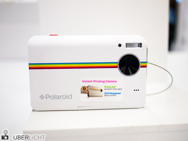 Polaroid Instant Digital Camera Z2300 in weiß auf der Photokina
