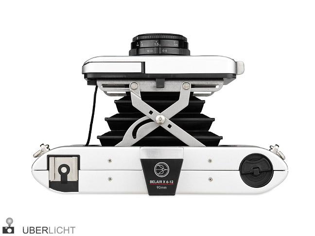 Lomography Belair Jetsetter Edition Mittelformatkamera aus Metall mit Leder
