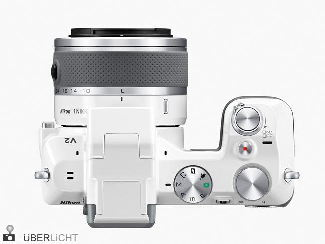 Nikon 1 V2 mit 1 Nikkor VR 10-30 in weiss von oben