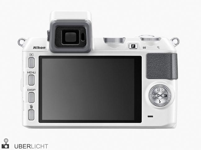 Rueckseite der Nikon 1 V2 mit Sucher und Display