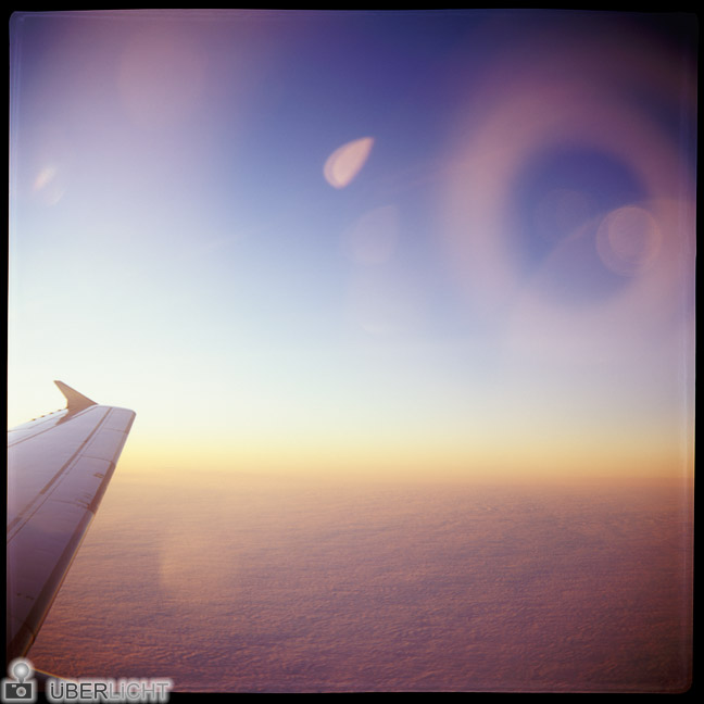 Analoger Film im Flugzeug - Fensterplatz mit Agfa Click II