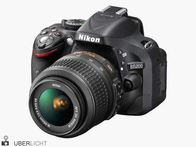 Nikon D5200 mit Nikkor 18-55 VR in Schwarz