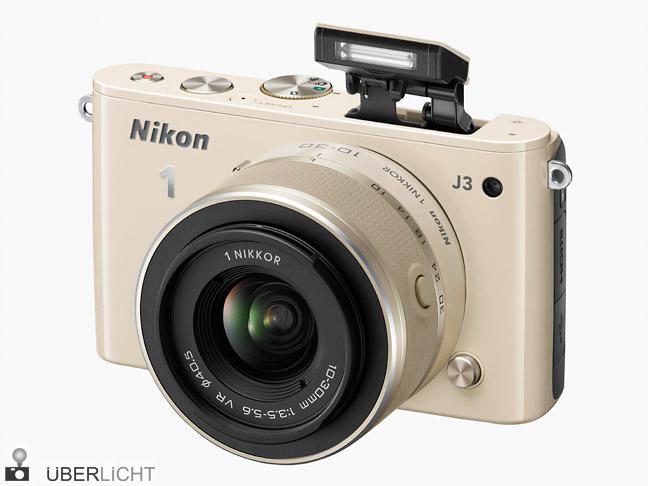 Nikon 1 J3 Systemkamera in beige mit 1 NIKKOR VR 10-30 mm