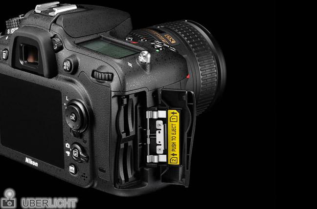 Nikon D7100 DoubleSlot SD Karten Steckplatz