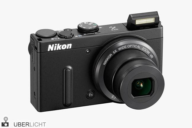 Nikon Coolpix P330 Kompaktkamera mit lichtstarkem Zoom-Objektiv