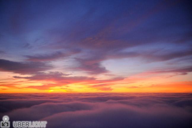 Nikon 24-70 mm Nikkor 2,8 AF-S ED G Sonnenuntergang ueber den Wolken