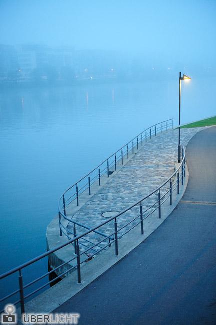 Nikon AF-S Nikkor 24-70 2,8G Zoom Frankfurt am Main Ufer im Nebel