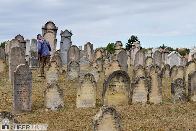 Nikon AF-S Nikkor 24-70 2,8G Zoom alter jüdischer Friedhof in Bonyhád Ungarn