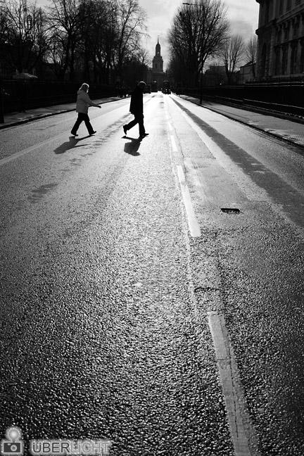 Objektiv-Test des Walimex pro 35 mm f/1,5 VDSLR London Greenwich Strasse Gegenlicht