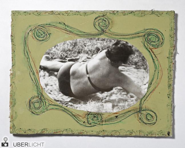 Schwarz-Weiß-Fotografie von Miroslav Tichý, Rahmen aus Pappe, bemalt