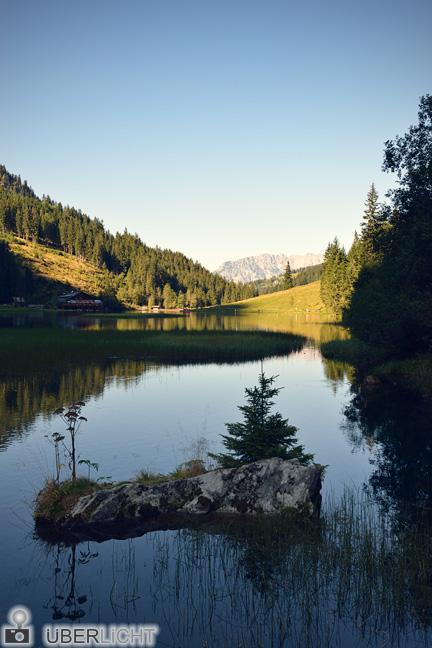 Bodensee in der Steiermark, Gebirgslandschaft in der Abendstimmung des Pola-Day