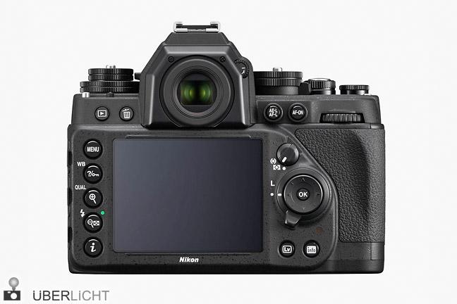 Rückseite der Nikon Df mit Display