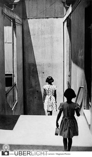 Sergio Larrain, Passage Bavestrello Valparaiso, Chile, Magnum Photos, Ausstellung VKB