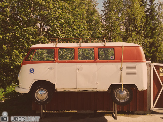 SMART Collection von Westend61 - halber VW Bus in Schweden