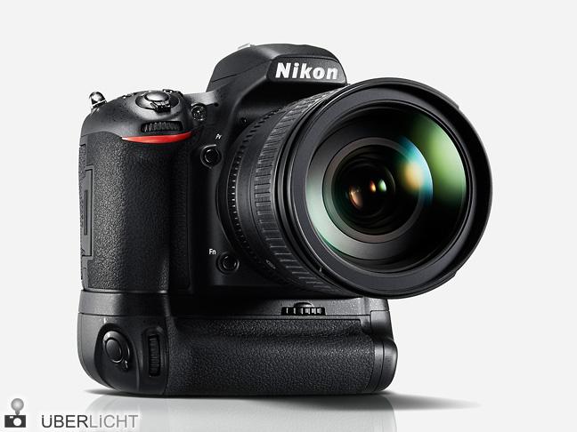 Nikon D750 mit Multifunktionshandgriff MB-D16